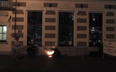 Haarlemse grondspots met verf gedoofd